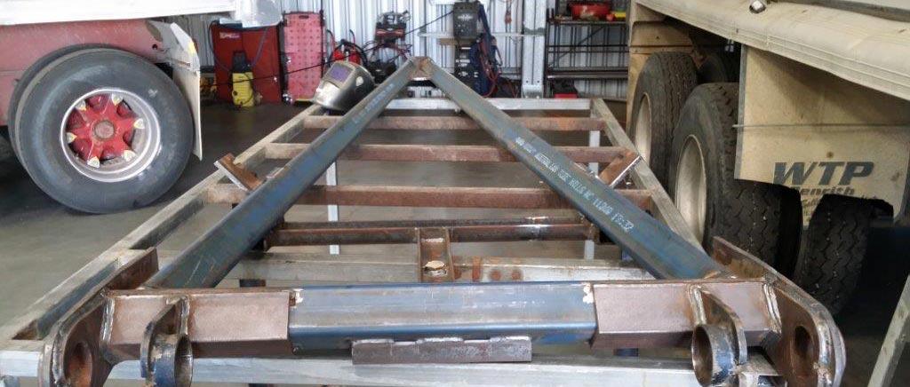 truck-on-welding-940x400